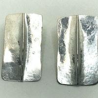 Silver foldwd stud earrings